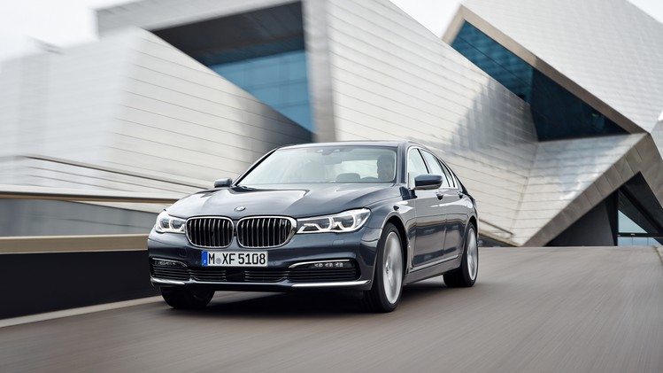 BMW 7 Serie Official 2016 001