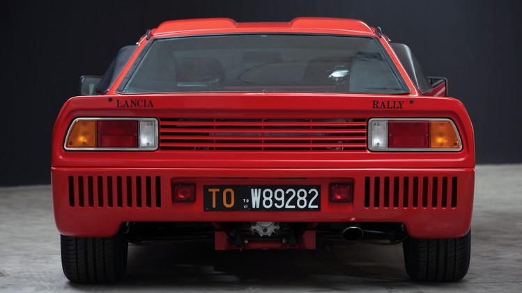 lancia_rally_037_stradale_8
