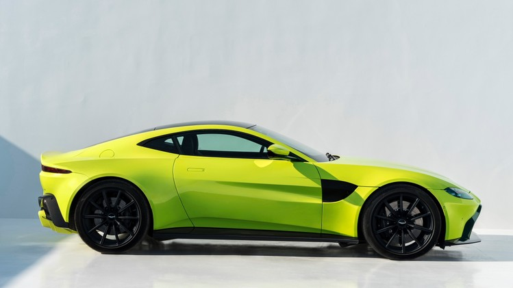aston-martin-vantage_lime-essence_09