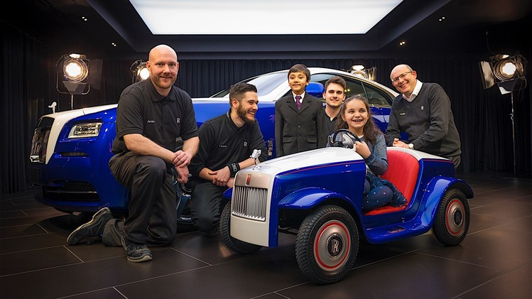 the-biggest-unveil-for-the-smallest-rolls-royce_10