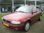 Opel Astra - 1.6 I SEASON