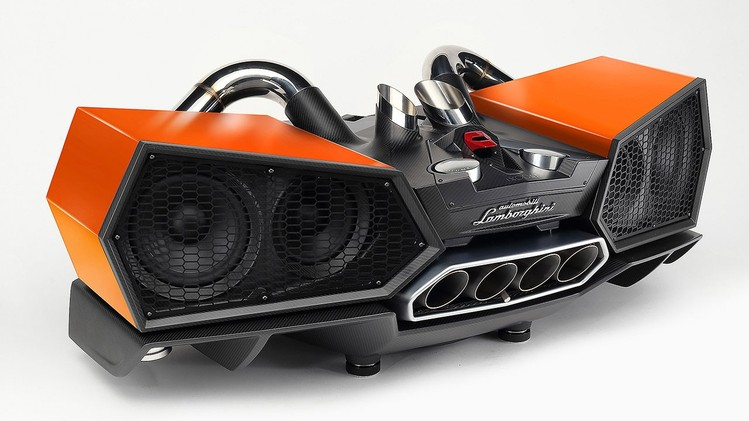 esavox-lamborghini-docking-station-costs-24800-is-made-with-carbon_3