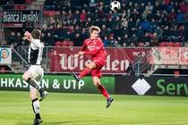 Joachim Andersen kopt FC Twente naar de zege. © ANP Pro Shots.