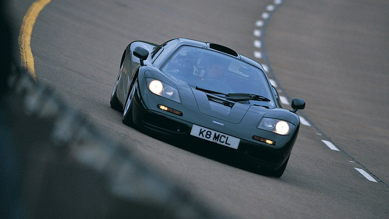 McLaren F1 top speed run - Autovisie.nl