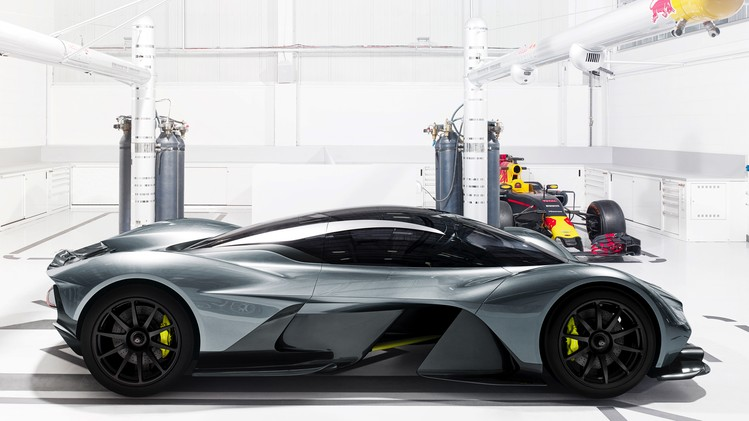 Aston Martin Red Bull AM-RB 001 - Autovisie.nl - 3