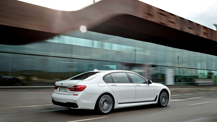 BMW 7 Serie Official 2016 020