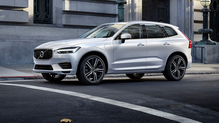 performance-suv-volvo-xc60-t8-2