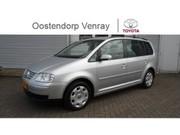 Volkswagen Touran - 1.6-16V FSI Navi + Climate