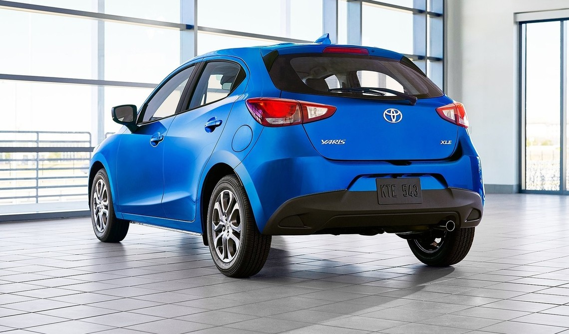 Toyota Yaris Hatchback USA 2020 3