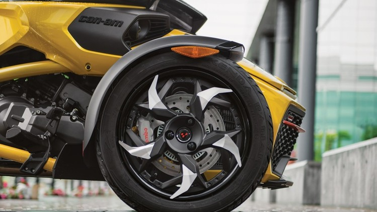 canam-spyder-rs-s-002