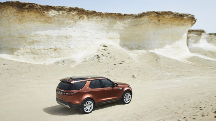 Land-Rover-Discovery-05