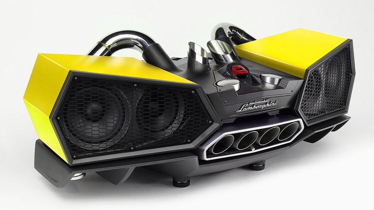 esavox-lamborghini-docking-station-costs-24800-is-made-with-carbon_4