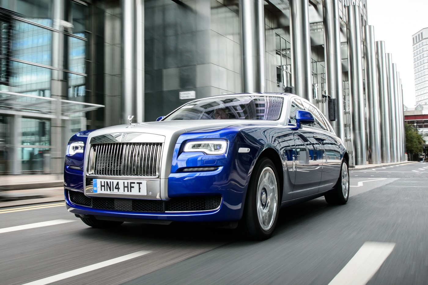 rolls-royce_ghost_ewb_uk-spec_9